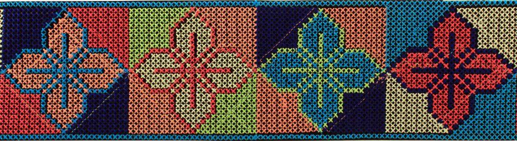 Ruban themocolant brodé point de croix   115mm
