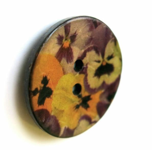 Bouton 2 trous coco imprimé fleur 15mm à 40mm