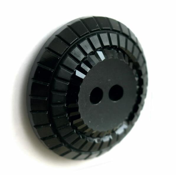 Boutons 2 trous noir mat et brillant strie 15mm à 27mm